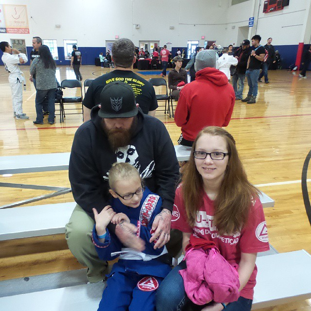 Kylen and her family at the Grand prix grappling tournament.  #bjj #bjjforkids #jiujitsuforeveryone #jiujitsu #graciebarra #gbmansfieldtx #grandprixgrappling #grandprixbjjchampionship